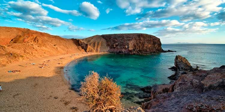 CAR RENTAL Lanzarote & cheap CAR HIRE Lanzarote
